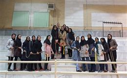 برگزاری مسابقات طناب کشی به مناسبت 16 آذر